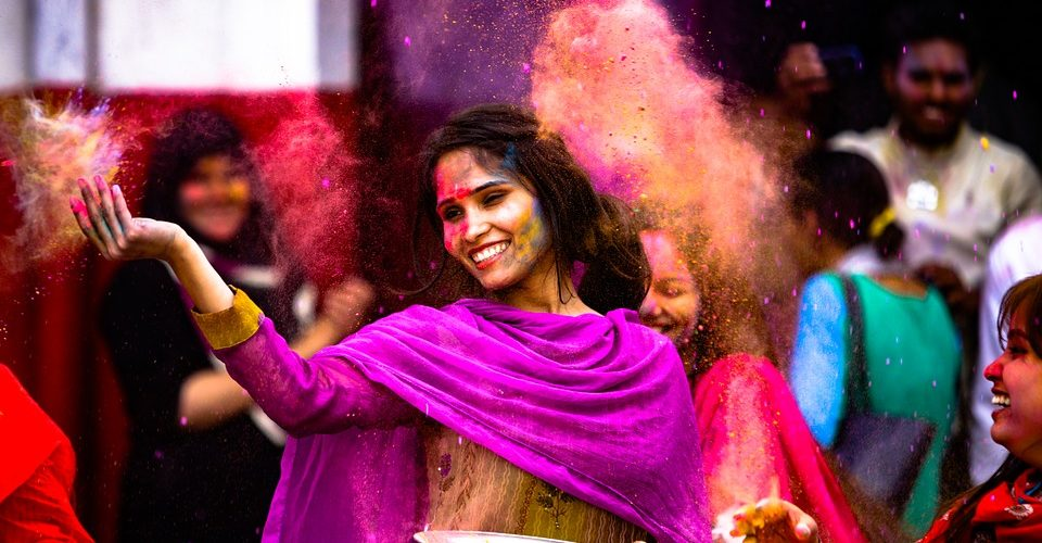 5 Steps to Having the Best Holi Experience