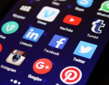 4 Tips To Bolster Your Business's Social Media Presence In No Time