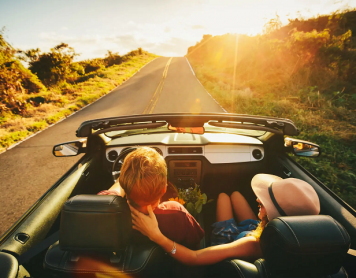 Travel Guide: 7 Essentials To Make Your Road-trip Awesome