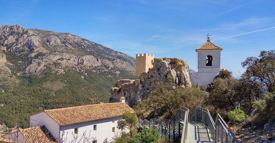 Should I Buy A Retirement or Holiday Home In Costa Blanca?