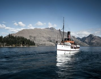 What Do You Need to Know When Looking for New Zealand Holiday Packages?